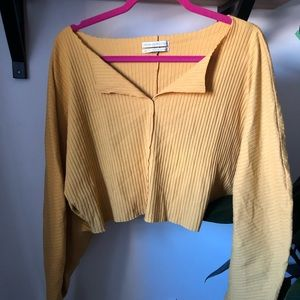 Cropped long sleeve yellow top